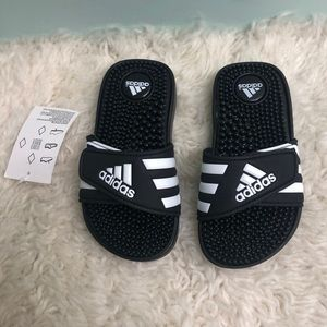 Adidas Slide Sandals: Adissage K (PM121)